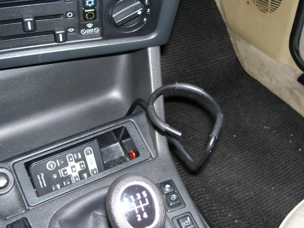 Wire type cup holder- SOLD - R3VLimited Forums
