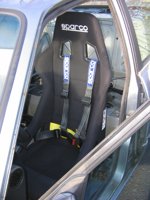 I 3207 Retractable Install additionally Showthread in addition 4 Point Racing Harness Seat Belt Pink in addition Harness Racing Accessories as well Car Racing 4 Point Harness Buckle. on sparco 4 point harness